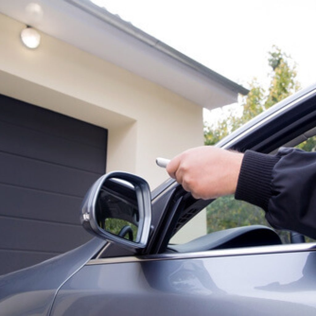 Mantenimientos preventivos en puertas de garaje y automáticas